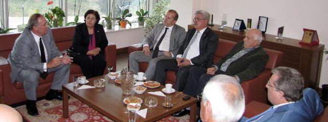 CHP Genel Ba�kan Yard�mc�s� Sn.Faik �ZTRAK Borsam�z� Ziyaret Etti