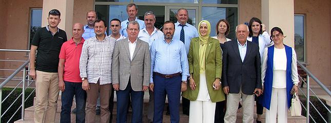 �limiz Milletvekilleri Mustafa Yel ve Ay�e Do�an Borsam�z� Ziyaret Etti