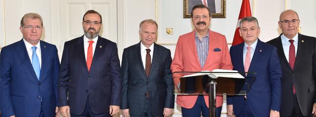 TOBB Başkanı Rifat Hisarcıklıoğlu Vali Mehmet Ceylan'ı Makamında Ziyaret Etti